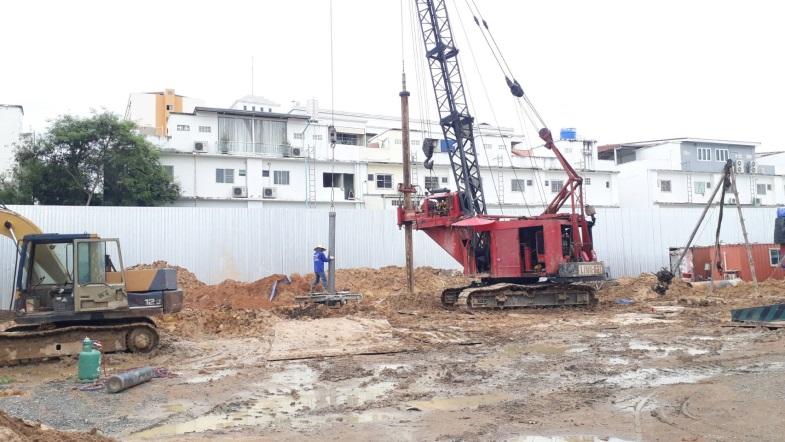 โครงการ Luciano อาคารสำนักงาน ค.ส.ล. 4 ชั้น ต.หนองปรือ บางละมุง ขนาด 60 ซ.ม.จำนวน ลึก 24 ม. 46 ต้น